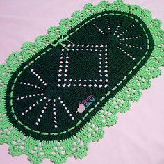Crochet Table Mat, Blanket, Crochet Rug Patterns, Luxury Furniture, Home Decor, Artworks, Ganchillo, Tejidos, Blankets