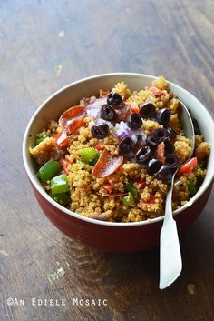 "#Ad Pizza-Flavored Quinoa Fried ""Rice"" is crowd-pleasing real-food meal that combines a couple of classic take-out favorites and can be whipped up in less than 10 minutes with a little prep ahead! Repin for a chance to see a similar meal in your freezer aisle @smartmade0201 @AOL_Lifestyle SmartMade Inspired By You"
