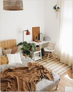 69 Best Bohemian Bedroom Ideas For Your First Apartment 1 - fancyhomedecors #bohemianbedroom#bedroom#bedroomideas Interior Design Living Room, Living Room Designs, Living Rooms, Bohemian Interior Design, Interior Design Small Bedroom, Small Bedroom Designs, Design Interiors, Living Spaces, Bedroom Styles