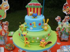 baby tv Baby Boy 1st Birthday Party, 2 Birthday Cake, Baby Tv Cake, Fondant, Cupcakes, Themed Cakes, First Birthdays, Mickey Mouse Clubhouse, Tutorial
