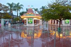Disneyland Rainy day. No one there by giddygoat2769, via Flickr