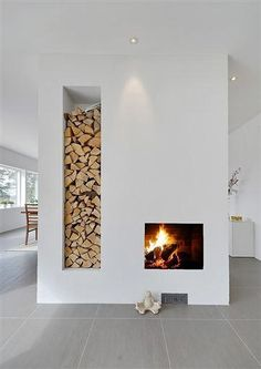 Modern Home Decor 20 Examples Of Minimal Interior Design - UltraLinx.Modern Home Decor 20 Examples Of Minimal Interior Design - UltraLinx Home Fireplace, Fireplace Design, Fireplace Ideas, Style At Home, Scandinavian Fireplace, Scandinavian Interiors, Scandinavian Style, Nordic Style, Facade House