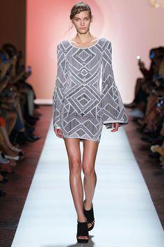 New York Fashion Week : Herve Leger New York Fashion Week