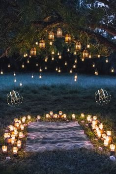 Lichter-Hochzeitsdeko: 30 atemberaubende Hochzeitsfotos - Hochzeitskiste Best Picture For wedding decor 2019 For Your Taste You are looking for something, and it is going to tell you exactly what you Wedding Boxes, Diy Wedding, Wedding Photos, Dream Wedding, Wedding Day, Wedding Venues, Wedding Ceremony, Wedding Backdrops, Wedding Proposals
