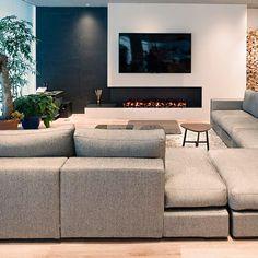 Home Fireplace, Modern Fireplace, Living Room With Fireplace, Fireplace Design, Feature Wall Living Room, Living Room Tv, Home And Living, Black And White Living Room, Open Plan Kitchen Living Room