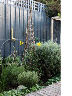 garden art. woven teepee
