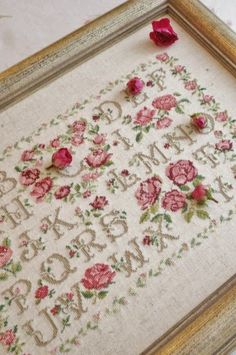 I found an on-line pattern for this gorgeous rose sampler.  It's called L'Alfabeto della Rose from the Italian magazine Appassionate di Punto Croce No. 3  2012 May-June. Yay!!!  www.pindyi.com