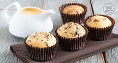 Die perfekten saftigen Eierlikörmuffins mit Öl! Diese Eierlikör-Schoko-Muffins kommen immer gut an - und sind noch dazu schnell und einfach gemacht.