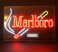 VINTAGE MARLBORO CIGARETTE NEON ADVERTISING SIGN WORKS GREAT in Collectibles, Tobacciana, Cigarettes   eBay