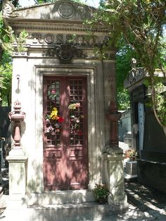 * Tomb of Rossini * # Père Lachaise Cemetery. Paris, França.