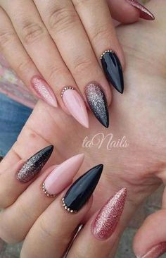 A manicure is a cosmetic elegance therapy for the finger nails and hands. A manicure could deal with just the Acrylic Nails Natural, Black Acrylic Nails, Black Nail Art, Dark Nails, Black Nails With Glitter, Blue Nail, Red Nail, Gradient Nails, Holographic Nails