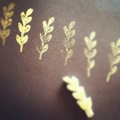 Gold stamps fun touch for seating cards. FYI arrange your guests by their 1st name. Its always easier and faster to find.