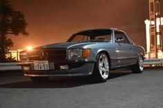 Mercedes Slc, Classic Mercedes, Mercedes Benz Cars, Classic European Cars, Classic Cars, Mercedez Benz, Cafe Racer Bikes, Custom Cars, Cool Cars