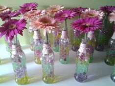 Diy Home Crafts, Crafts To Make, Bali Furniture, Shabby Chic Stil, Bridal Shower Centerpieces, Jar Art, Tropical Party, Gerbera, Glass Jars