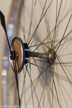 vintage bicycle wheel clock, home decor, repurposing upcycling, wall decor Bicycle Safety, Bicycle Wheel, Bicycle Clock, Bicycle Art, Diy Cornhole Boards, Diy Clock, Clock Ideas, Clock Wall, Guest Bedroom Decor