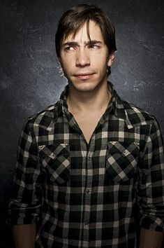 Justin Long at O'hare and on our flight to Austin.  He's much hotter in person, although looked slightly homeless at the same time.