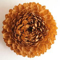 Giant Paper Chrysanthemum twig brown von papelSF auf Etsy, $550.00