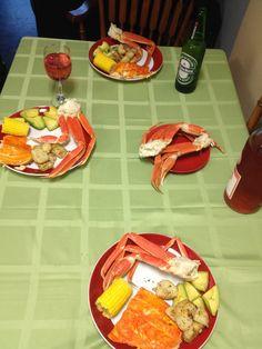 crab legs,grilled garlic potatoes,corn on the cob,salmon,avocado:) Snow Crab Legs, Salmon Avocado, Cob, Grilling, Garlic, Potatoes, Crickets, Potato
