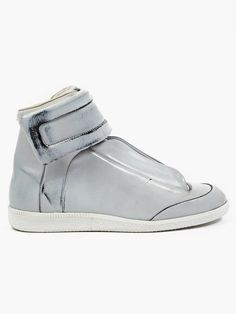 Maison Martin Margiela 22 Men's Black Decoloured Leather Future Sneakers | oki-ni