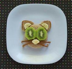 Fruits, pain de mie