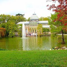 Madrid's idyllic Parque Retiro. Photo courtesy of talesoftravellingsisters on Instagram.