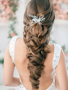 Wedding Hair Inspiration: 12 Ways to wear your Long Hair Down. Hair by Estile