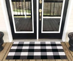 Levinis Buffalo Check Rug - Cotton Washable Porch Rugs Door Mat Hand-Woven Checkered Plaid Rug for Doorway/Kitchen/Bathroom/Entry Way/Laundry Room/Bedroom x Black and White Plaid Rug, Floor Rugs, Farmhouse Grey, Porch Rug, Patio Rugs, Plaid, White Rug, Farmhouse Doors, Kitchen Rug