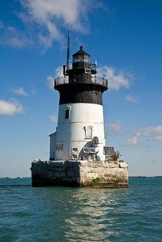 Detroit River Lighthouse-South Rockwood, Michigan