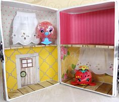 Popper and Mimi: Home Sweet Home: A Travel-sized Dollhouse