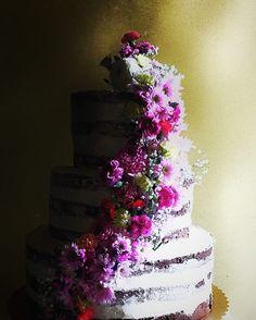 18 Compleanno - Naked Cake - La Fenice Pasticceria #likeforshoutout#boanoite#boatarde#odiverta#sigodeolta#лайки#fвзаимныеподписки#взаимнаяподпискаf#лайк#пподписканаменя#подписки#взаимные#взаимныелайки#ch#danielfilipovici#ai#tumblr#cake#floral#lafeniceisernia#isernia#likesreturned#likeforfollow#like4follow#likeforlike#likes4tags#chocolate
