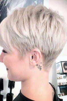 Thin Hair Haircuts, Round Face Haircuts, Short Pixie Haircuts, Hairstyles For Round Faces, Short Hairstyles For Women, Hairstyle Short, Ladies Hairstyles, Short Hair Cuts For Women Pixie, Medium Hairstyles