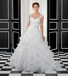 Eddy K ball gown shaped wedding gown Inexpensive Wedding Dresses, Wedding Dresses 2014, Wedding Bridesmaid Dresses, Wedding Dress Styles, Designer Wedding Dresses, Elegant Wedding Dress, Wedding Dress Organza, Perfect Wedding Dress, Bridal Wedding Dresses