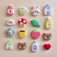 Cute Polymer Clay, Cute Clay, Polymer Clay Charms, Diy Clay, Polymer Clay Jewelry, Polymer Clay Animals, Clay Art Projects, Cute Crafts, Nerd Crafts