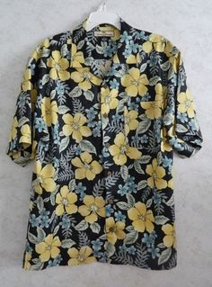 Tommy Bahama Men s Hawaiian Shirt Size M Turquoise Yellow Flower Silk   TommyBahama  Hawaiian Mens 4ff6d7413