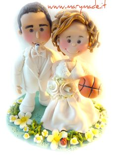 Se non puoi fare a meno del #Basket portalo con te sul tuo cake topper personalizzato Marymade.it  For all the #basketball #fans our there, if you can't live without it bring it with you on your #wedding #caketopper! www.marymade.it