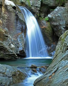 Bingham Falls, Stowe Vermont.   I had no idea there was a fall like this in Stowe!  Lived there all my life and still finding amazing things!  :)