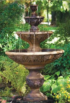 A steady stream of water flowing from Sonoma's three tiers makes this fountain the perfect focal point for any home or garden.