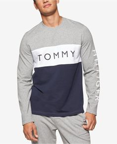 7c6e2bbae Tommy Hilfiger Men s Modern Essentials Cotton French Terry Logo Sweatshirt  - Black S