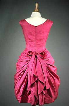 Balenciaga 1959                                                                                                                                                                                 Más