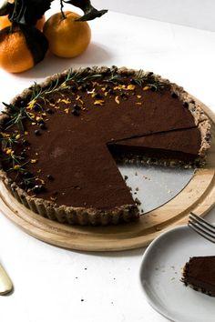 No Bake Vegan Orange Chocolate Fudge Tart - Rezel Kealoha