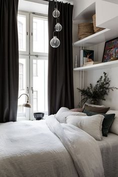 my scandinavian home: Bedroom in a small Swedish space, that's big on cosiness! my scandinavian home: Bedroom in a small Swedish space, that's big on cosiness! One Bedroom Apartment, Cozy Bedroom, Apartment Design, Home Decor Bedroom, Apartment Therapy, Scandinavian Bedroom, White Bedroom, Bedroom Furniture, Furniture Design