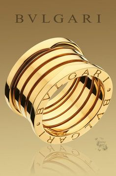 BVLGARI is famous for its glamorous gemstone jewelry, luxury watches, perfumes and leather goods. Gold Diamond Earrings, Diamond Rings, Diy Jewelry Rings, Fine Jewelry, Bvlgari Ring, Diamond Anniversary Rings, Golden Jewelry, Nautilus, Fashion Jewellery