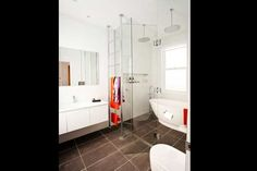 Dan and Dani's Challenge House Bathroom. Love the towel rack and in particular the positioning #theblock2012