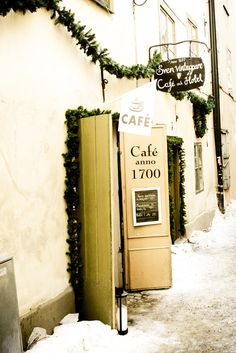 cafe doors wide open