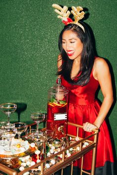 Holiday Drinking and Dressing with Donna Morgan – Society Social