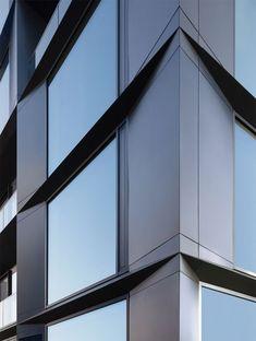 LUX Berlin | axthelm+rolvien Building Skin, Building Facade, Building Exterior, Parametric Architecture, Facade Architecture, Facade Pattern, Future Buildings, Concrete Facade, Glass Facades