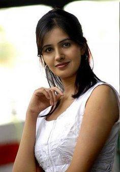 Cute Beauty, Beauty Full Girl, Beauty Women, Beautiful Indian Actress, Beautiful Actresses, Glam Photoshoot, Beautiful Girl Image, Indian Beauty Saree, Celebs