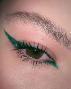 Eye make-up carnaval – makeup products Makeup Goals, Makeup Inspo, Makeup Art, Makeup Inspiration, Beauty Makeup, Makeup Ideas, Drugstore Beauty, Beauty Tips, Beauty Products