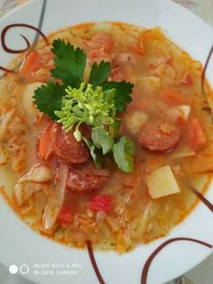 Hungarian Food, Hungarian Recipes, Thai Red Curry, Soups, Ethnic Recipes, Red Peppers, Hungarian Cuisine, Soup