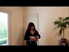 Pliage d'un porte-bébé préformé (type Ergobaby) - YouTube